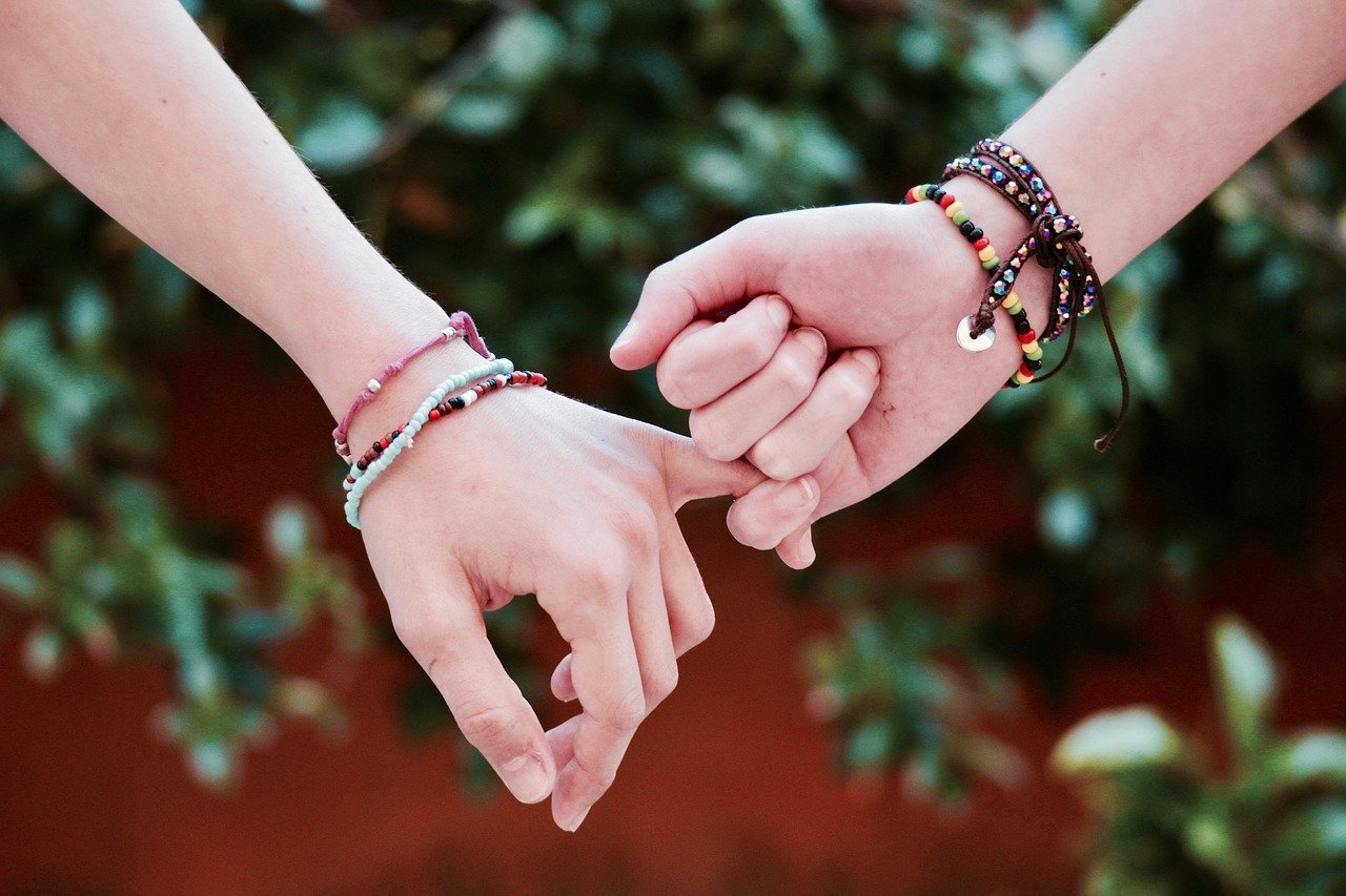 Donner du pep's à votre look avec un bracelet .
